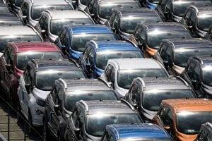 stock voiture neuve